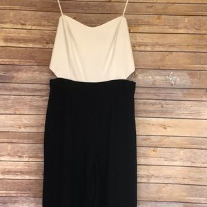Forever 21 White/Black Jumpsuit/Dress   sz:M